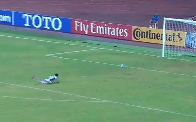 Футбольний злочин: голкіпер КНДР пропустив ганебний гол - опубліковано відео