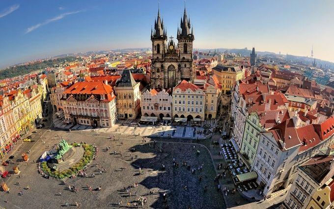 Чеський перевізник запускає нові рейси з України до Праги