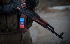 На Донбассе пьяные боевики сбежали с передовых позиций и пытались ограбить магазин