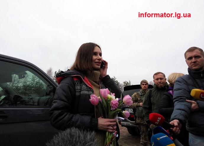 Стало известно, на кого обменяли Варфоломееву: опубликованы новые фото журналистки (3)