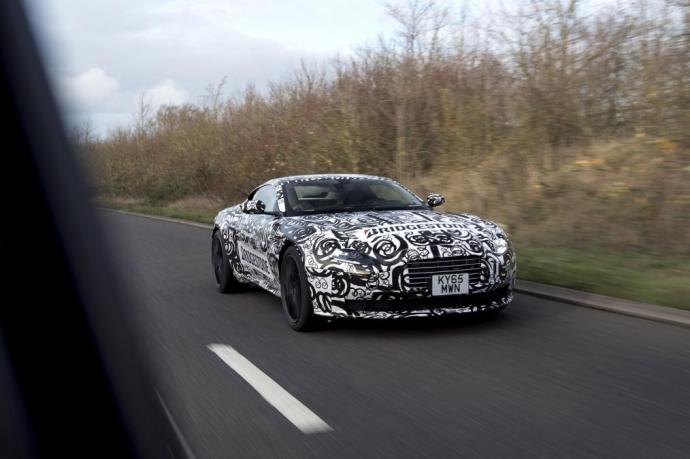 Суперкар Aston Martin DB11 был замечен на дорожных тестах (5 Фото) (1)