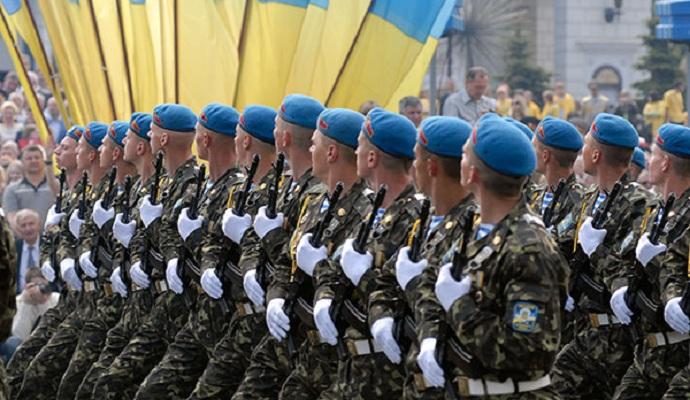 Порошенко на Варшавском саммите НАТО представит программу реформирования ВСУ