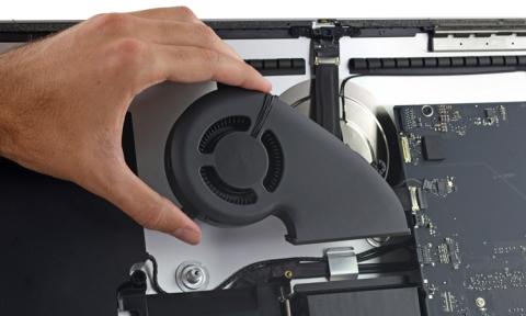 iFixit: 21.5 '' моноблок iMac абсолютно не підлягає ремонту (8 фото) (6)