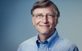 Билл Гейтс перечислил огромную сумму на благотворительность