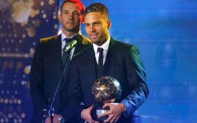Футбольні зірки України-2017: з'явилося відео нагородження кращого гравця року