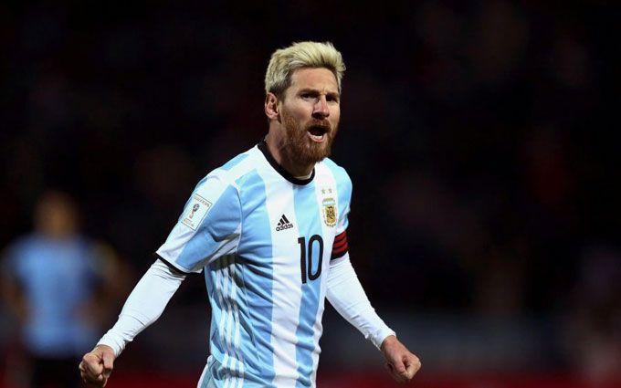 Лионель Месси извинился перед ФИФА засвою брань вадрес судьи
