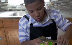 Восьмирічний хлопчик відкрив пекарню, щоб купити будинок мамі: опубліковані фото