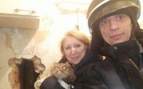 Дніпропетровські рятувальники визволили кота із пастки: опубліковані емоційні фото