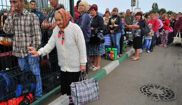 В Польше 1 млн украинских беженцев - глава правительства Польши