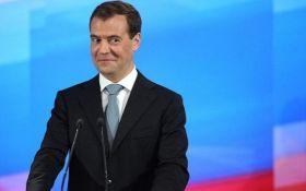 Димка-Невидимка: в сети высмеяли выпад премьера России в адрес Обамы