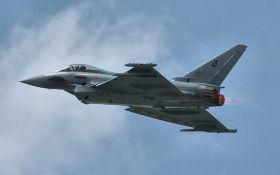 НАТО терміново підняла винищувачі, щоб перехопити російські літаки