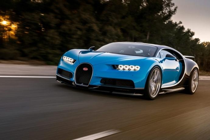Представлена замена Bugatti Veyron (9)