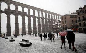 Мощные снегопады привели к транспортному коллапсу в Испании