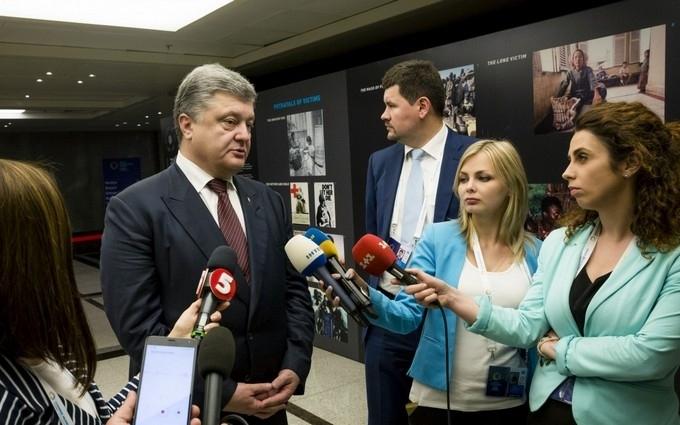 Багато хто хотів полетіти з Порошенком: в Ростові розповіли смішну історію