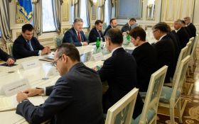 Зустріч Порошенка з послами ЄС і G7: названа ключова тема переговорів