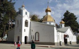 Незалежність УПЦ: ще одна церква заявила про розрив відносин з Константинополем