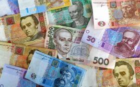 Гривня увійшла в трійку найбільш стійких валют СНД