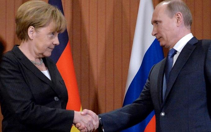 У Меркель домовилися з Путіним щодо санкцій - західні ЗМІ