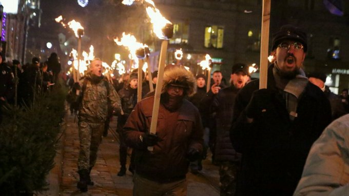 День рождения Бандеры отметили по всей Украине: появились фото и видео (10)