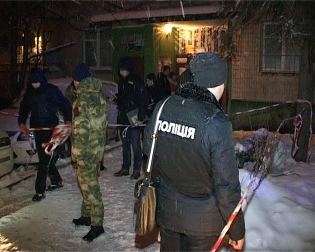 Киев взбудоражен расстрелом мужчины прямо на улице: опубликованы фото и видео (10)