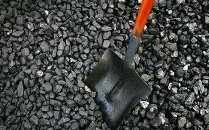 В Кабмин подали документы о запрете импорта угля из России
