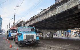 На Шулявском мосту началась реконструкция: как будет ездить городской транспорт