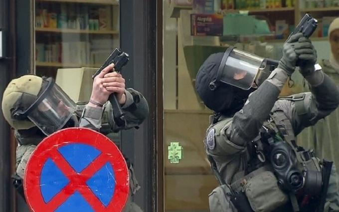 Появилось видео захвата организатора терактов в Париже