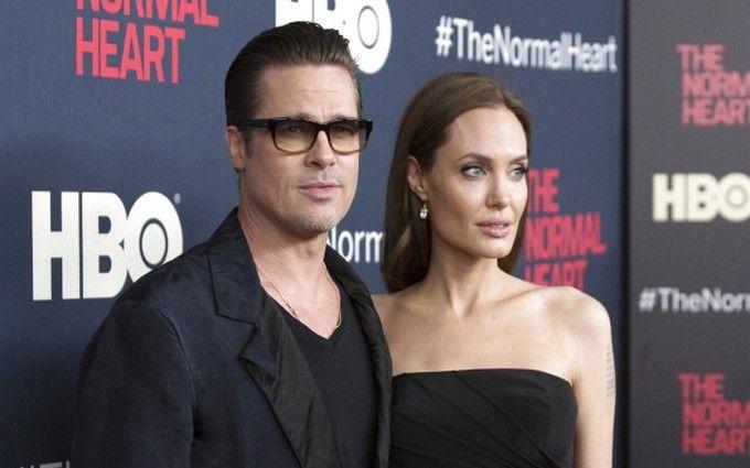 Розлучення Джолі і Пітта: спливли факти про зраду
