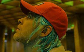 Український співак здивував несподіваним образом в новому кліпі: опубліковано відео