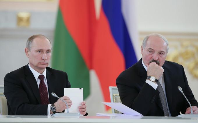 Путин может свергнуть Лукашенко, - историк