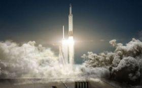 У SpaceX провели успішні випробування ракети Falcon Heavy