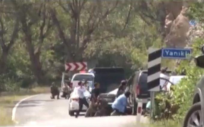 У Туреччині обстріляли кортеж лідера опозиції, є загиблий: з'явилося відео