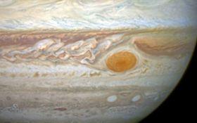 В NASA зафиксировали необычную аномалию на Юпитере: опубликовано видео