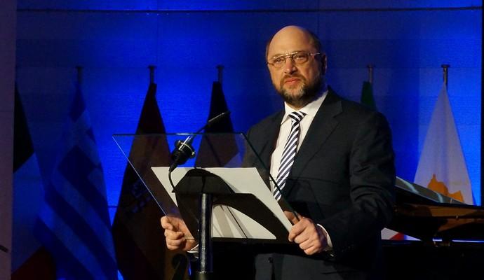 Руководство РФ пытается разделить ЕС изнутри - Шульц