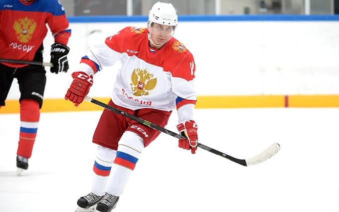 В России рассказали, как поддавались Путину в хоккей