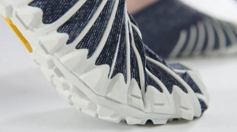 Итальянская компания выпустила обувь с японскими корнями (2)