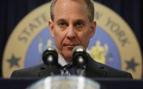 Скандал у США: Генпрокурор Нью-Йорка пішов у відставку після звинувачень в насильстві