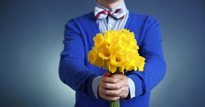Офіційне привітання з 8 березня в прозі і віршах для колег (1)