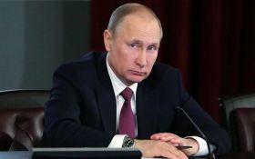 Путін їде в анексований Крим відкривати міст