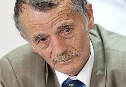 Крымские татары проводят консультации по включению их представителей в избирательные списки украинских демпартий
