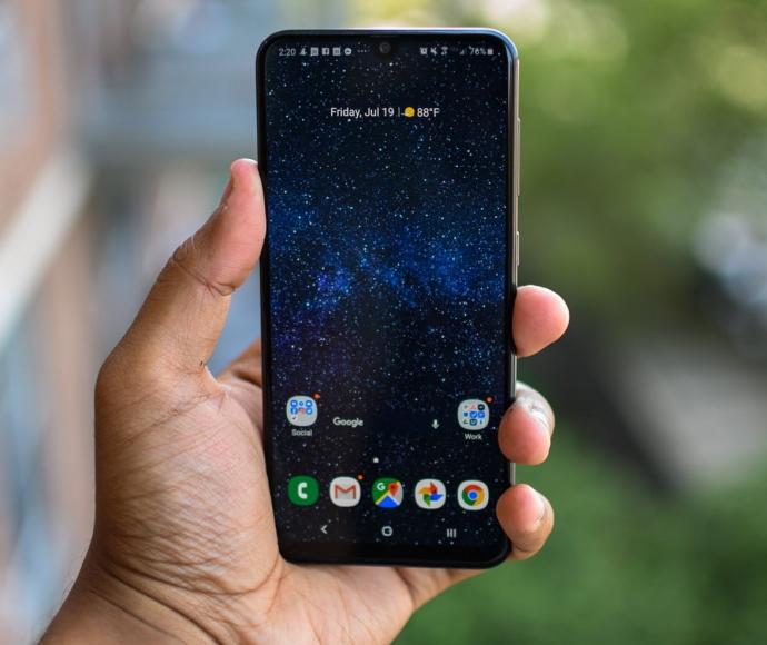 Лучшие смартфоны от Samsung - рейтинг 2019 года (1)