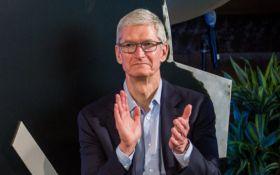 Стало известно, сколько зарабатывают руководители Apple - удивительные цифры
