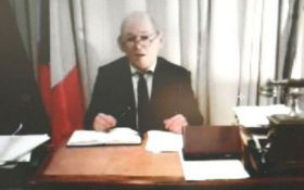 Скандал во Франции: мошенник выдавал себя за министра, а затем скрылся в Украине
