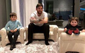 Один из лучших футболистов мира стал отцом в третий раз: опубликовано фото