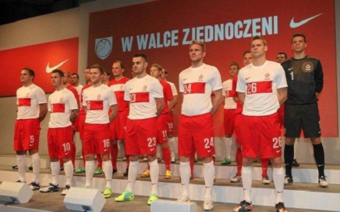 Наши соперники: Польша назвала предварительную заявку на Евро-2016