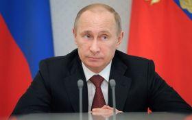 Замуж за Путина: соцсети взорвало видео с безумным женским хором из России