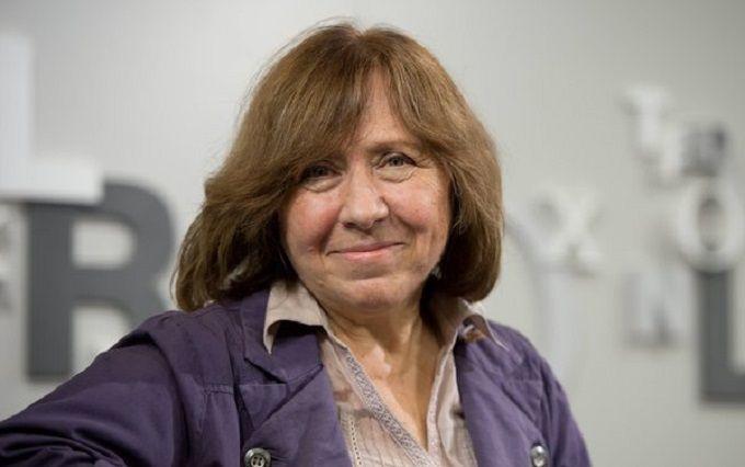 ЗМІ помилково повідомили про смерть лауреата Нобелівської премії Світлани Алексієвич