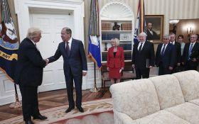 CNN: Білий дім розлючений через брехню Росії щодо фото із зустрічі Трампа з Лавровим