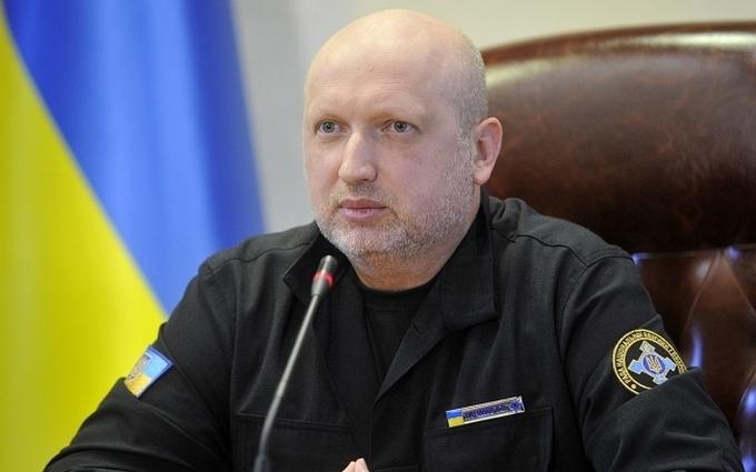 Турчинов показав, звідки українська влада реагуватиме на загрози: опубліковані фото