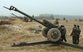 Війна на Донбасі: бойовики ДНР декілька разів вели обстріли із забороненої артилерії